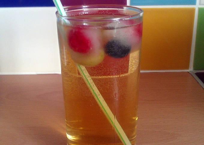 Vickys Fruit Juice Fizz, GF DF EF DF NF