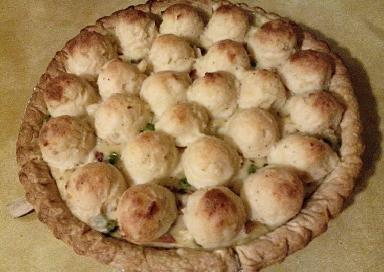 Thanksgiving Leftovers Pot Pie