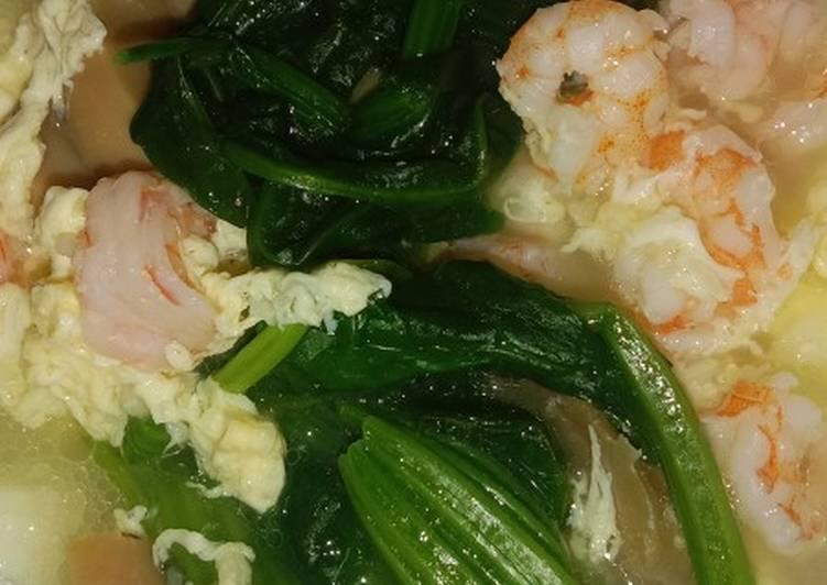 Sup sehat bayam Jepang