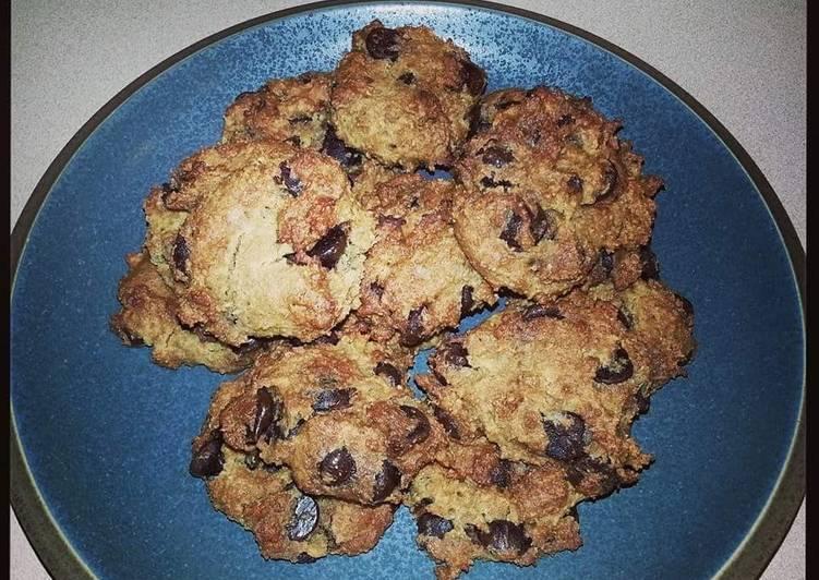 Heidi's Healthy Chocolate Chip Cookies - Gluten Free!