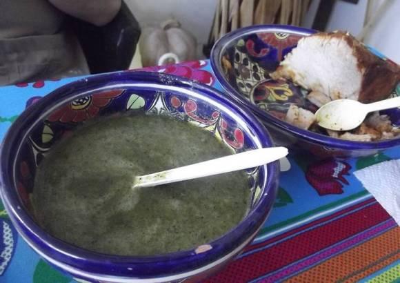 Salsa verde de agritos y chiles
