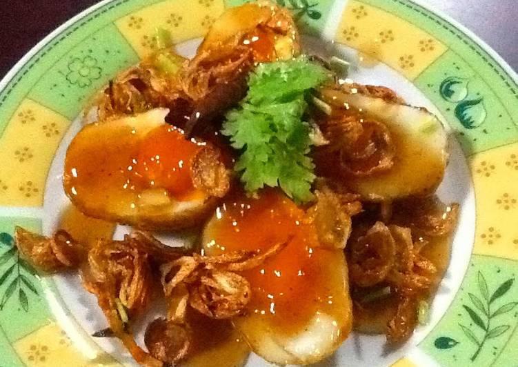 Thai Sweet And Sour Fried Boiled Eggs (Khai Luk Koei)