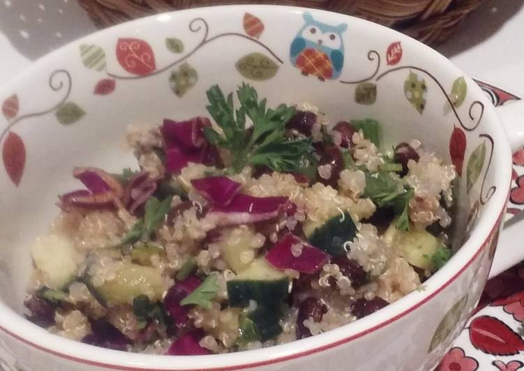 Clean N' Easy Quinoa Salad