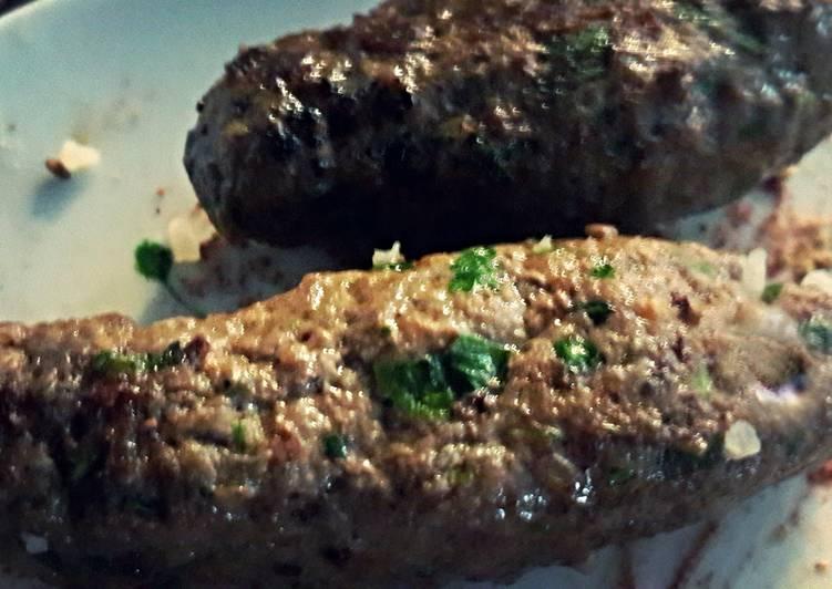 Ground Beef kofta / Carnasa tipo turco