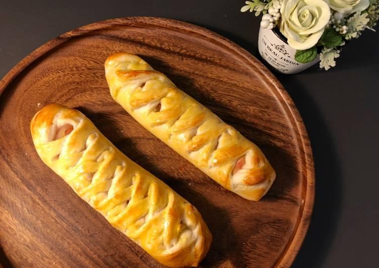 Apple custard bread sticks