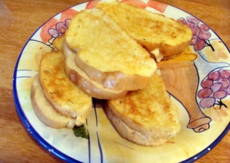 taisen's cheesy tomato grilled cheese