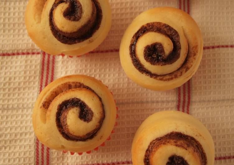 Great for Valentine's Day Spiral Chocolate Rolls