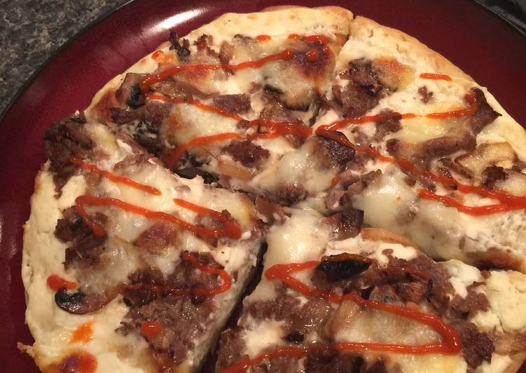 Philly Cheesesteak Pan Pizza