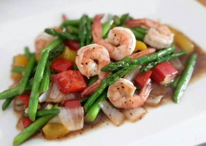 Kanya's Shrimps with Asparagus