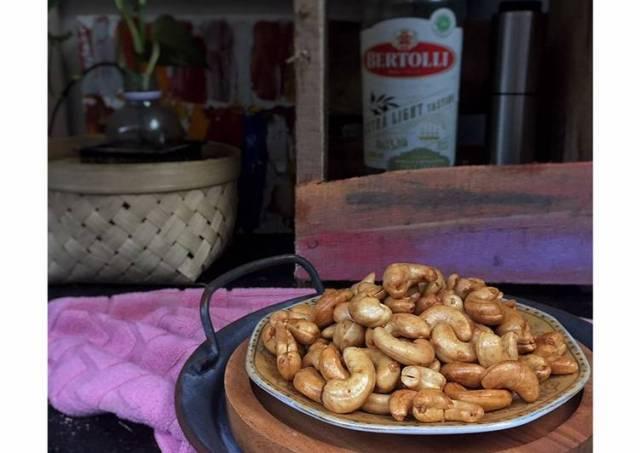 Kacang mete goreng