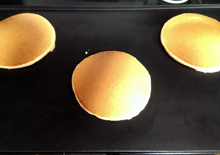 Pancakes (American style)