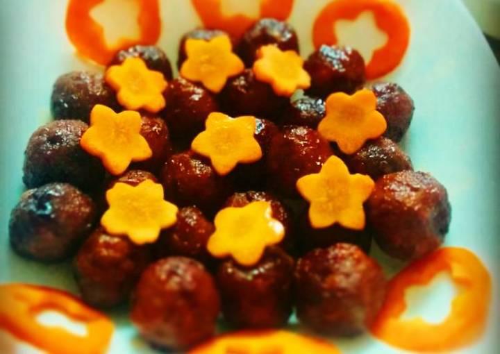 Meatballs in chilli sauce