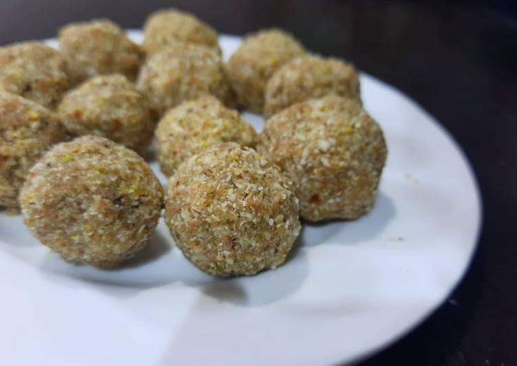 Healthy oats laddu