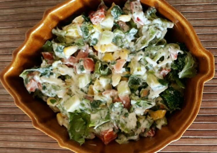 Healthy Salad with Caesar dressing
