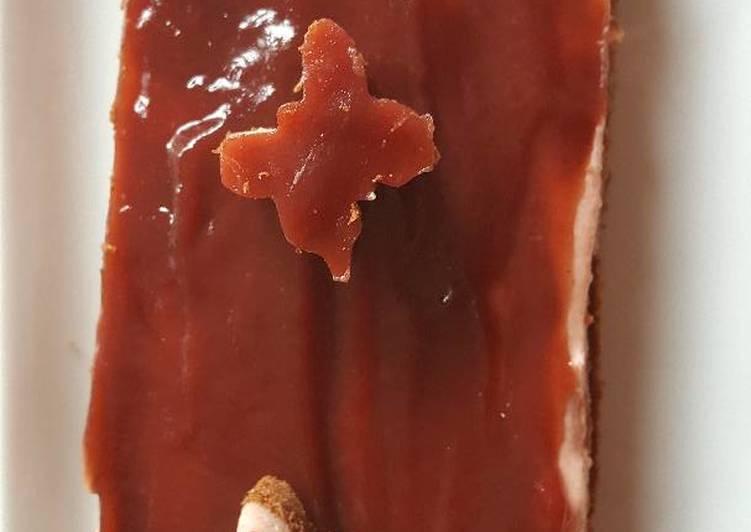 Bûche bavaroise à la fraise