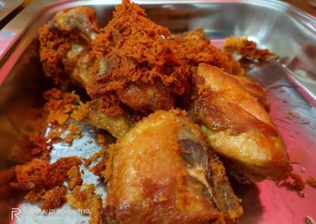 Ayam goreng padang