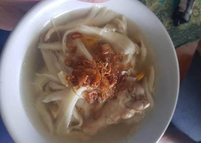 Cara Membuat Sup ayam jamur favorit suami Ala Kaki Lima Paling Gampang Tiru
