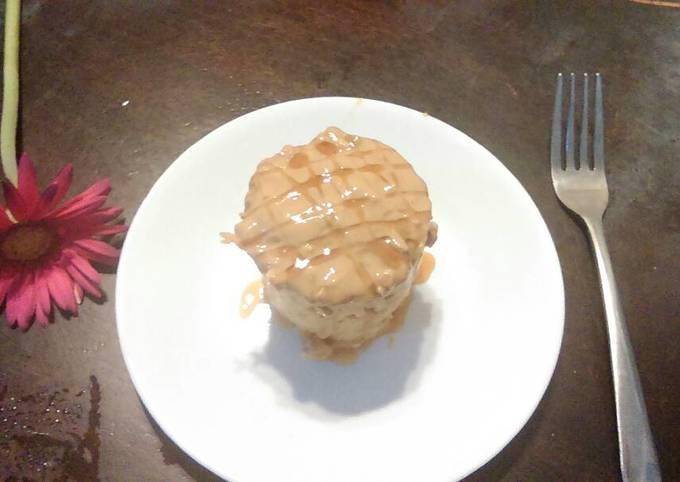 Peanut butter-banana mug muffins