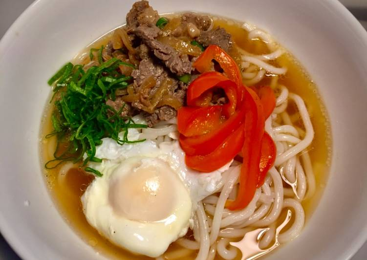 Sliced beef udon