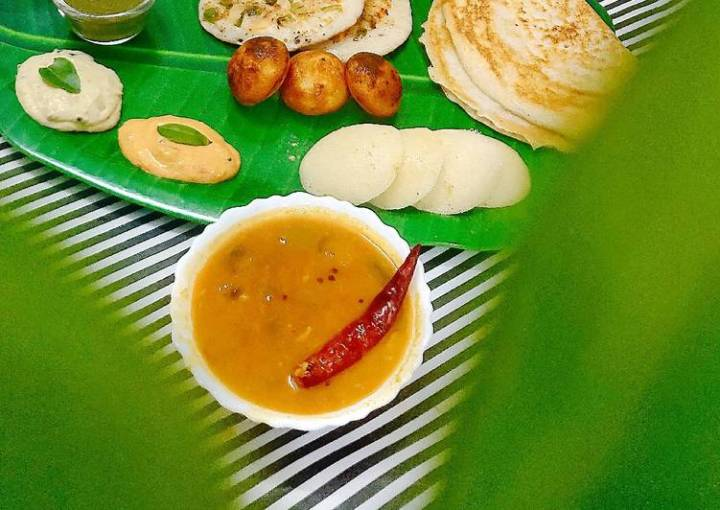 South Indian Thali - Dosa, Idli, Appam, Uttpam, Sambhar, Chutney