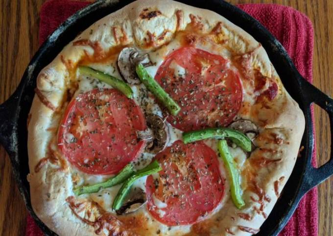 Stuffed Crust Black Iron Skillet Pizza