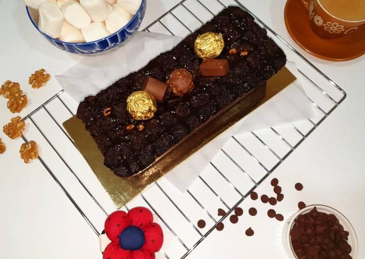 Double chocolate walnut cake