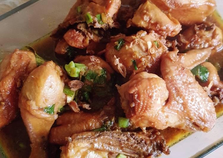 122. Semur Ayam Kuning