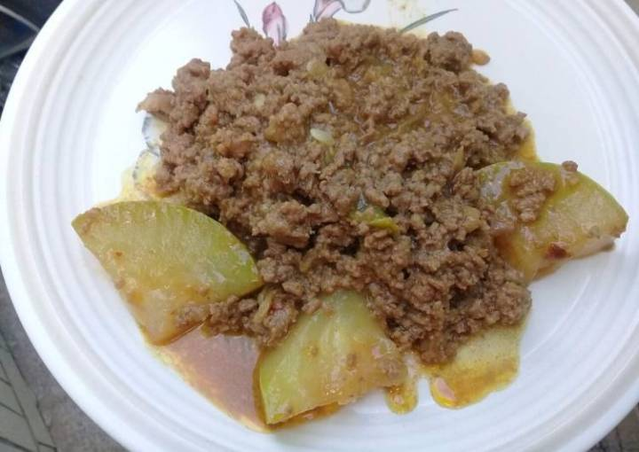 Mincemeat and white melon