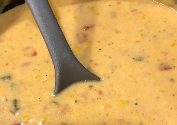 Quick Creamy Cheesy Spicy Corn Chowder