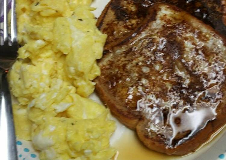 French Toast with Pumpkin Pie Spices