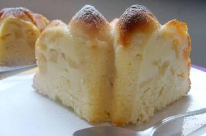 Bizcocho de manzana y queso mascarpone