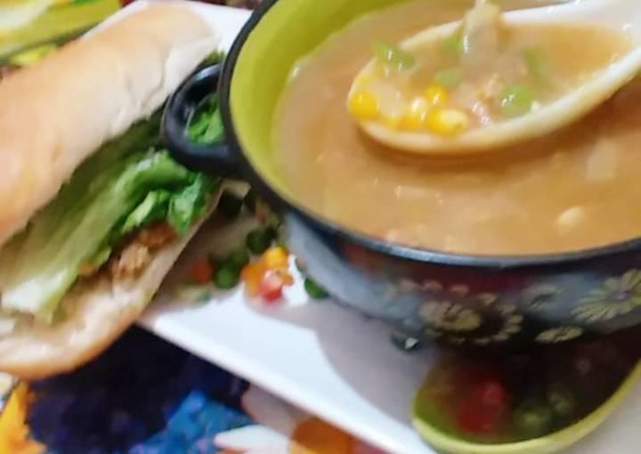 Vagitable sweet corn soup & chicken burger