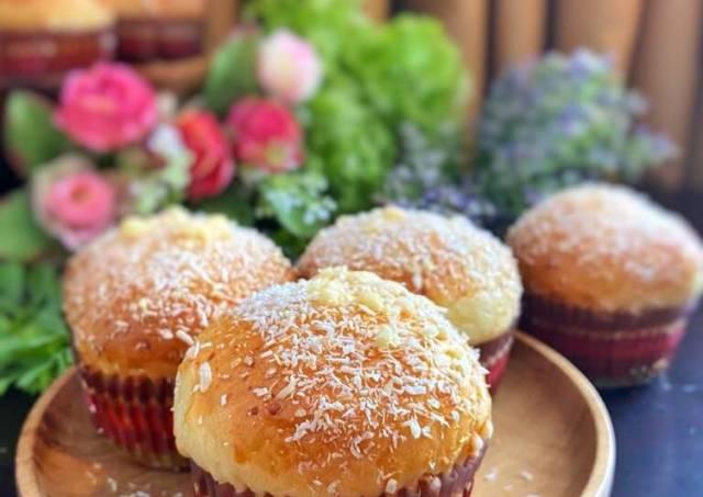 Roti Kelapa + Cream keju homemade