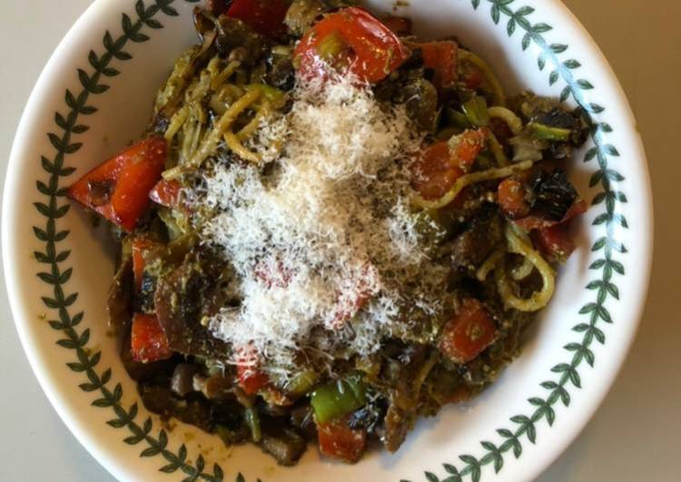 Pasta with Sautéed Vegetables & Pesto