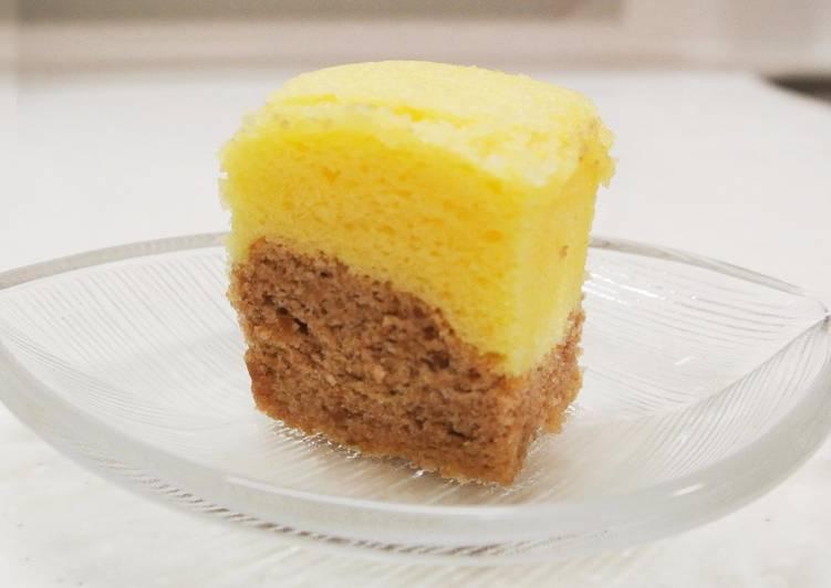 Un Gâteau en farine de riz avec chocolat blanc et marron