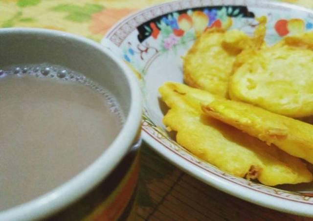 Goreng ubi cileumbu+wedang susu jahe