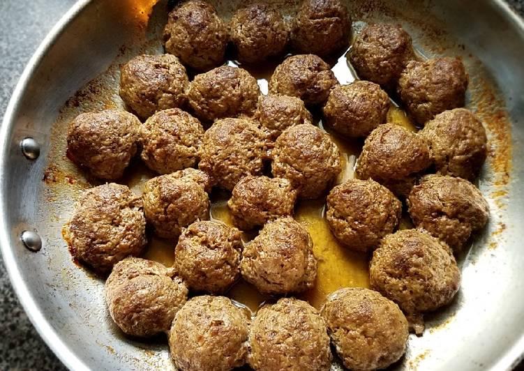 Super moist beef meatballs