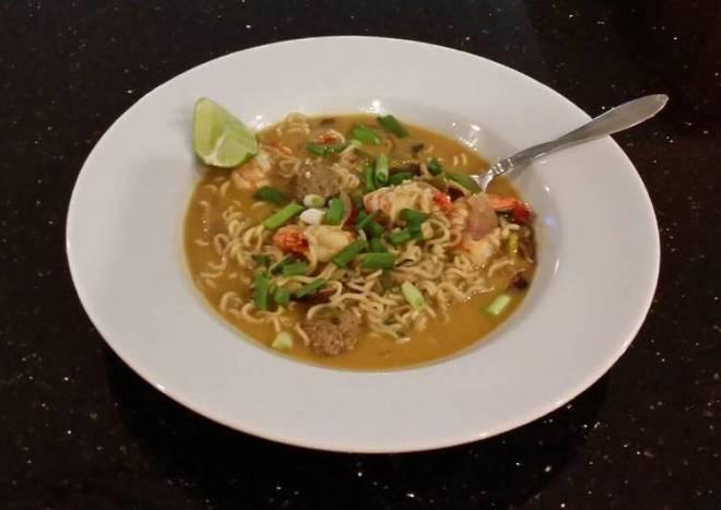 Thai style Shrimp and Pork Meatball Soup