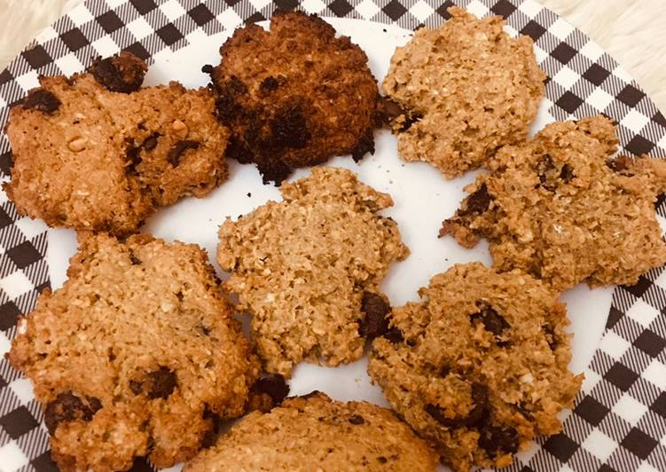 Peanut butter oatmeal choco chip cookies