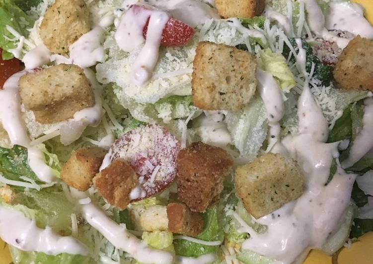Caesar salad * vegetarian *