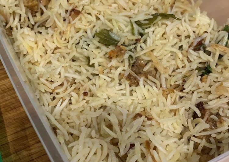 One pot rice cooker chicken biryani