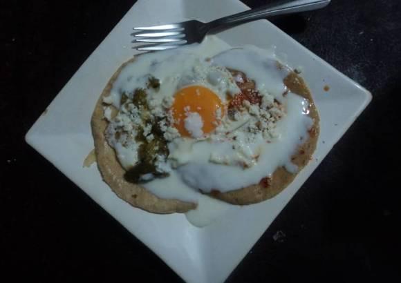 Huevo tricolor con jocoque las correa. Jalisco México