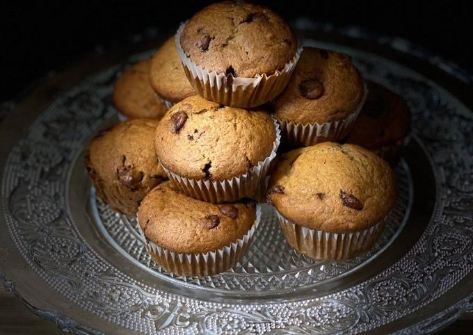 Banana chocolate chip muffins 🧁