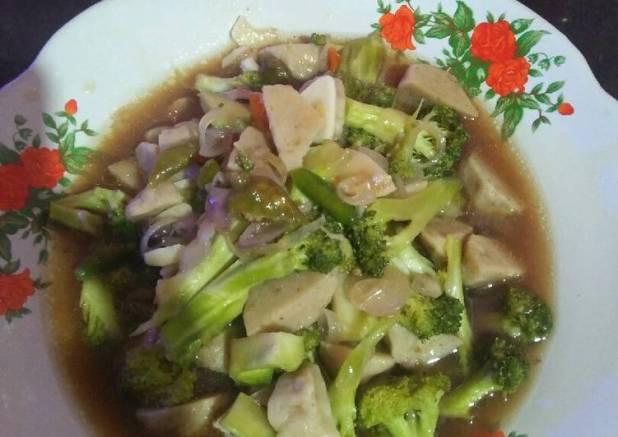 Oseng brokoli bakso