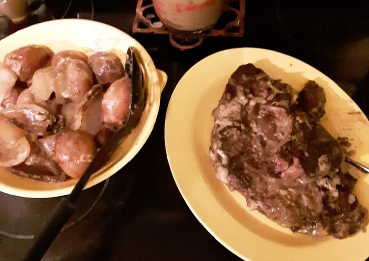 Crock Pot Roast and Potatoes
