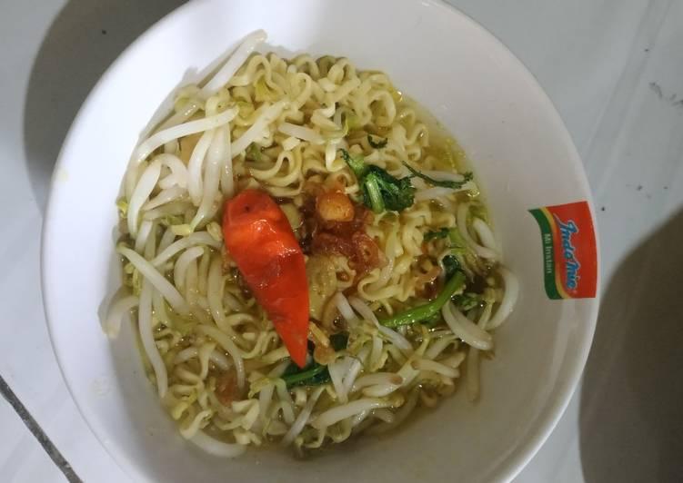Soto Mie Vegetarian