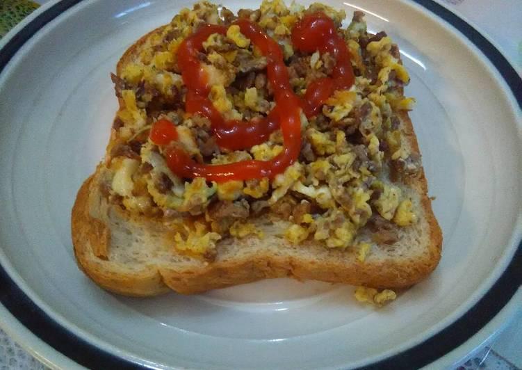 Breakfast sloppy joes