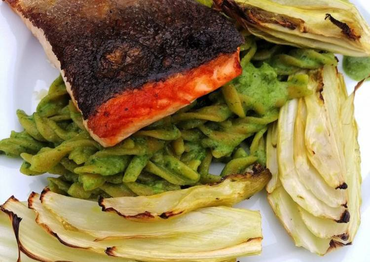 Pan roasted salmon/lentil pasta, green pesto and roasted fennel
