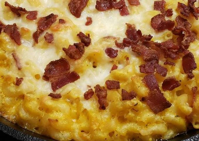 Butternut Squash Mac and Cheese with Bacon