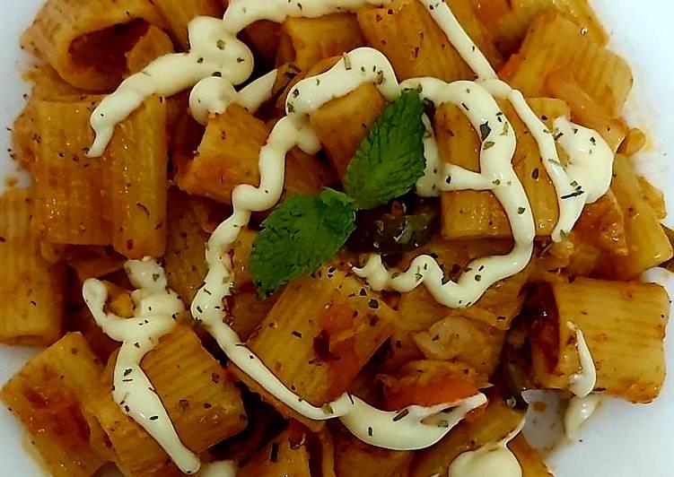 Schezwan pasta(indian street style)